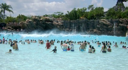 Disneys_Typhoon_Lagoon_beach_waterpark_american_vacation_living_orlando-420x230 - disney