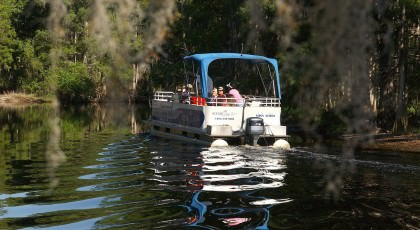 Scenic_Lake_Tours_Boat_orlando_attractions_american_vacation_living-420x230 - disney