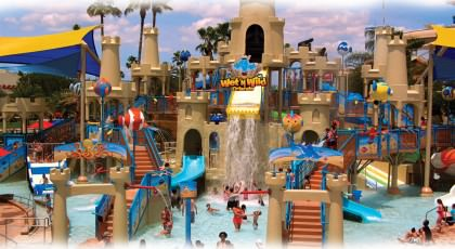 Wetn_Wild_Blast_Away__orlando_beach_waterpark_american_vacation_living-420x230 - disney